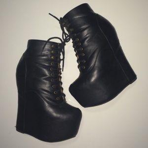 "Jeffrey Campbell ""Damsel"" Boots 😍"